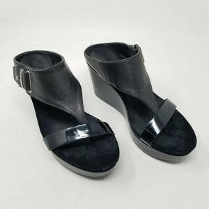 Donald Pliner Sandal Jewel Patent Leather